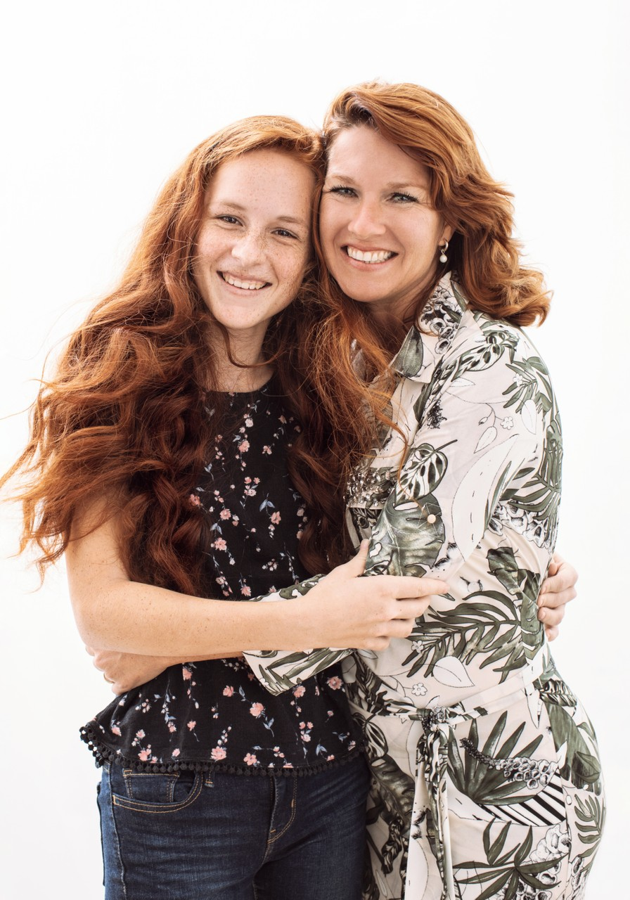 Mother Teenage Daughter Photo Red Hair Backlight