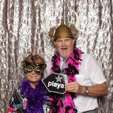 PHOTOBOOTH by Ben & Kelly - Backdrop - Silver Gold Sequins