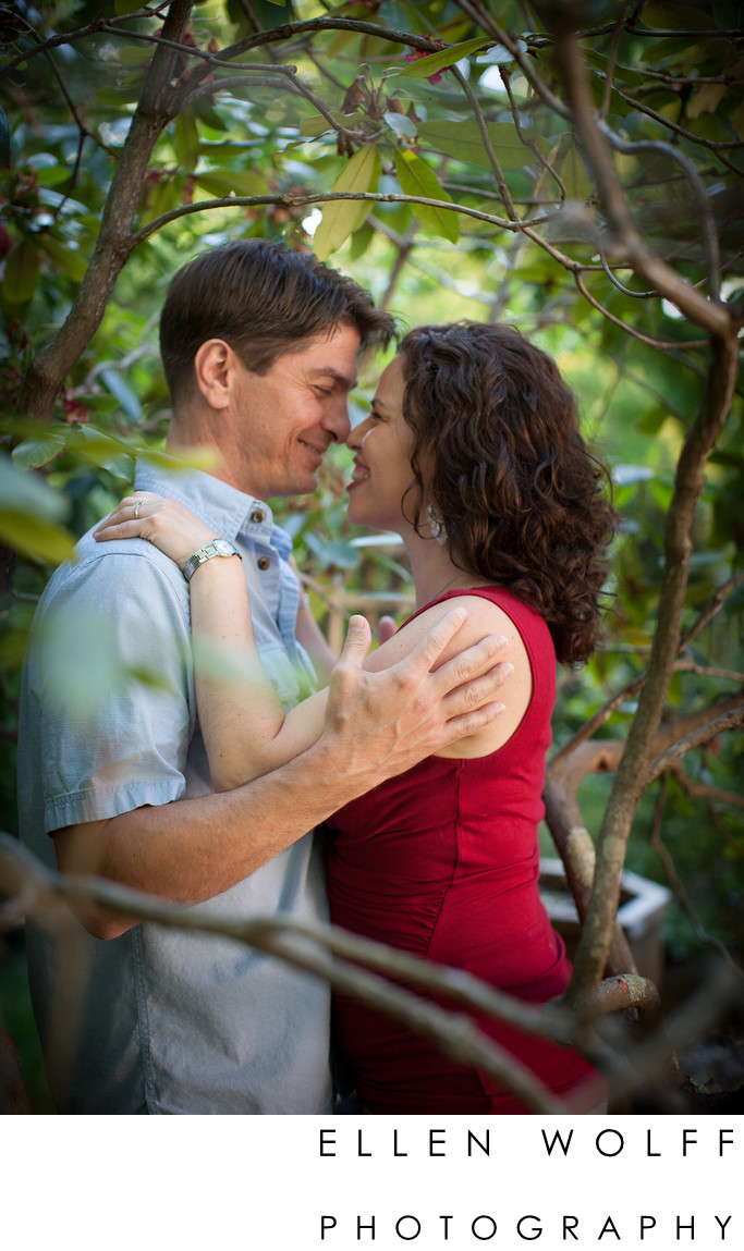 outdoor engagement photos on li