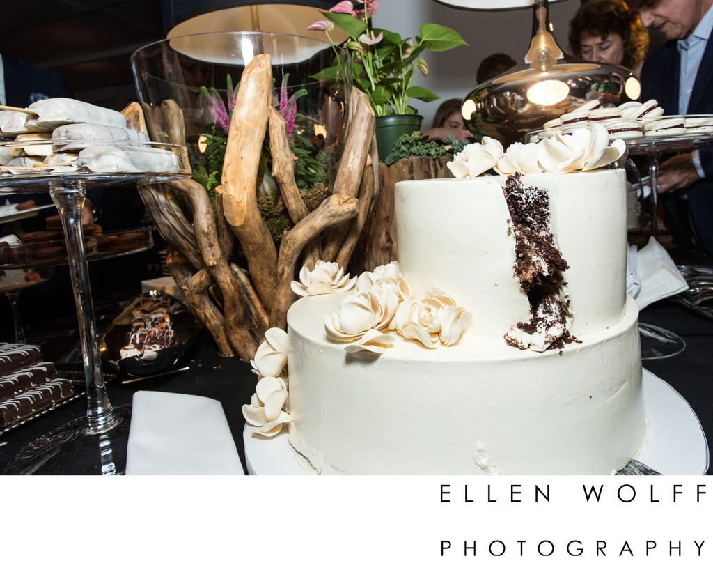 chocolate wedding cake photo