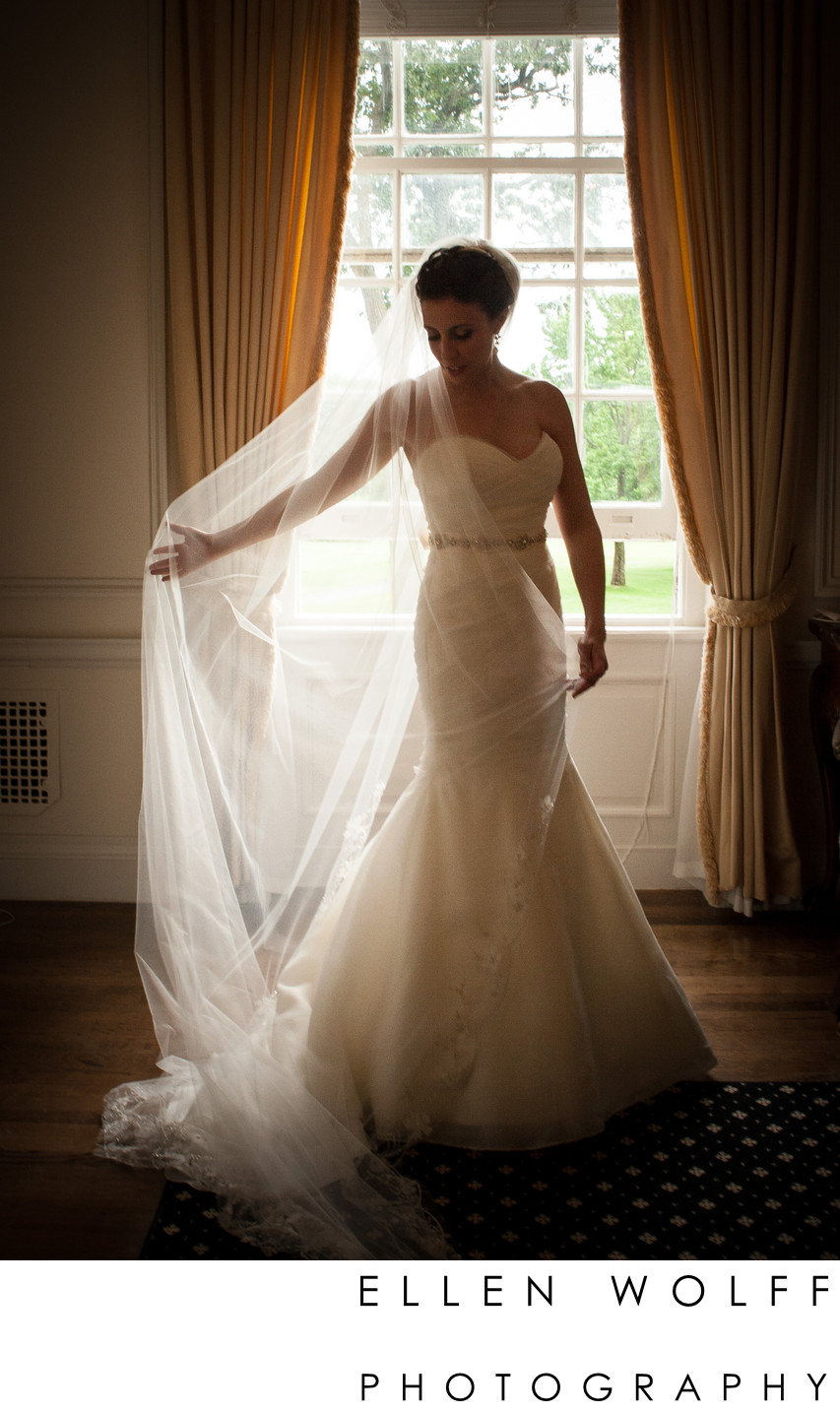 Muttontown Country Club bride