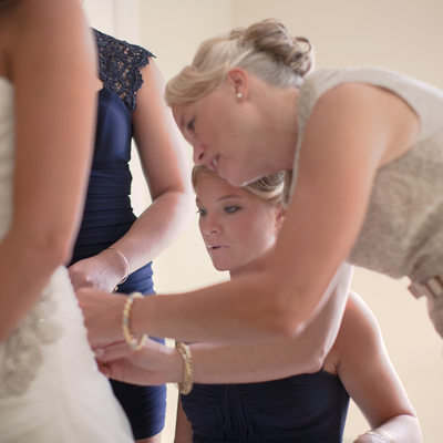 lacing up the back of the wedding dress