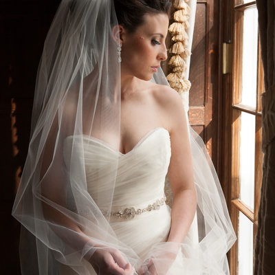 portrait of a bride at the muttontown country club