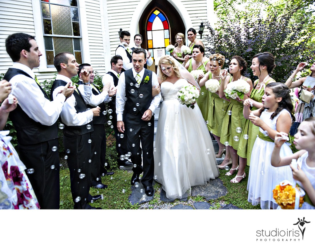 country-church-wedding-eastern-townships