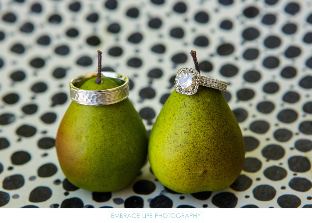 Creative Wedding Ring Photograph