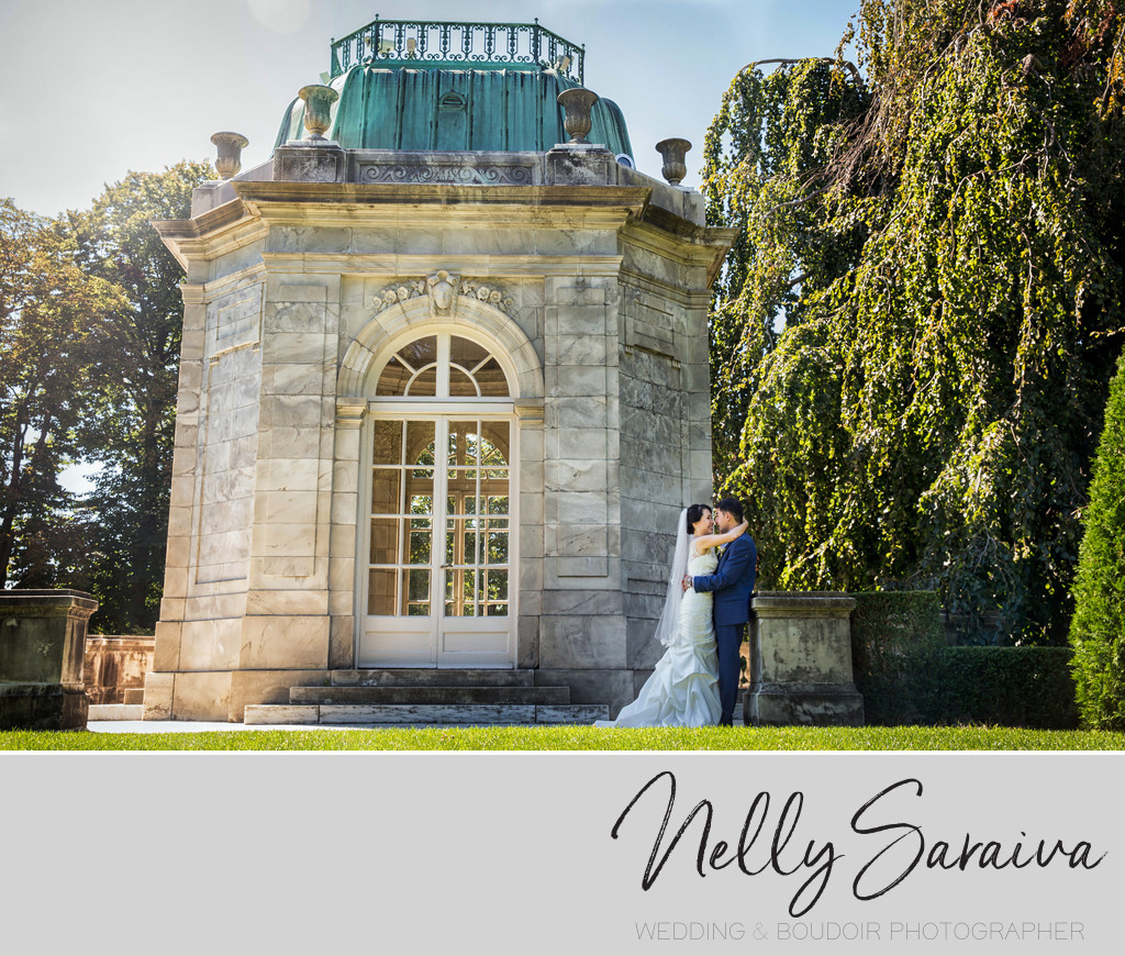 Formal wedding portraits at the elms mansion newport ri