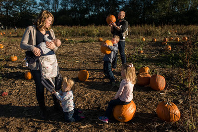 Pumpkin Picking Styers Orchard Best Family Photography