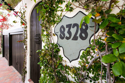 8328 Chateau Marmont