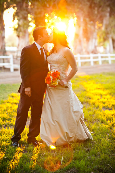 sunset kiss Walnut Creek wedding