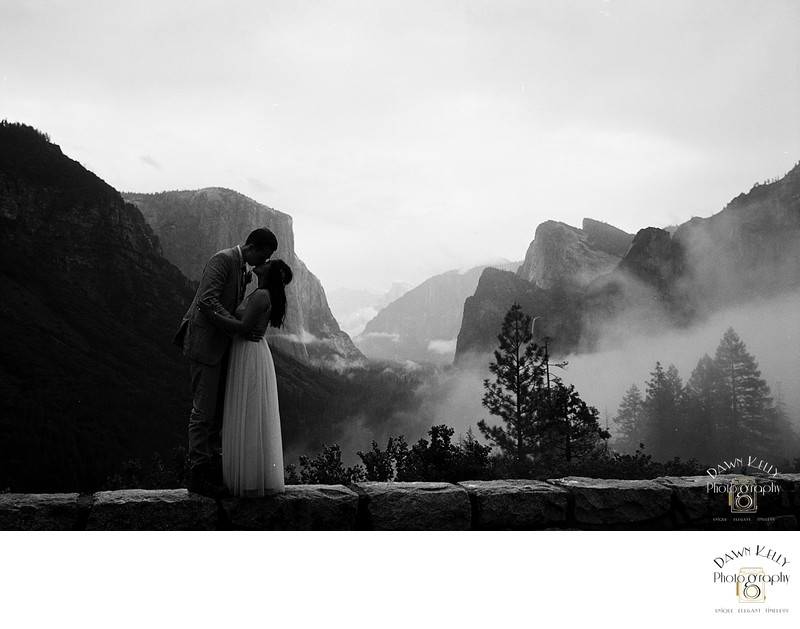 Spring elopement at Tunnel View