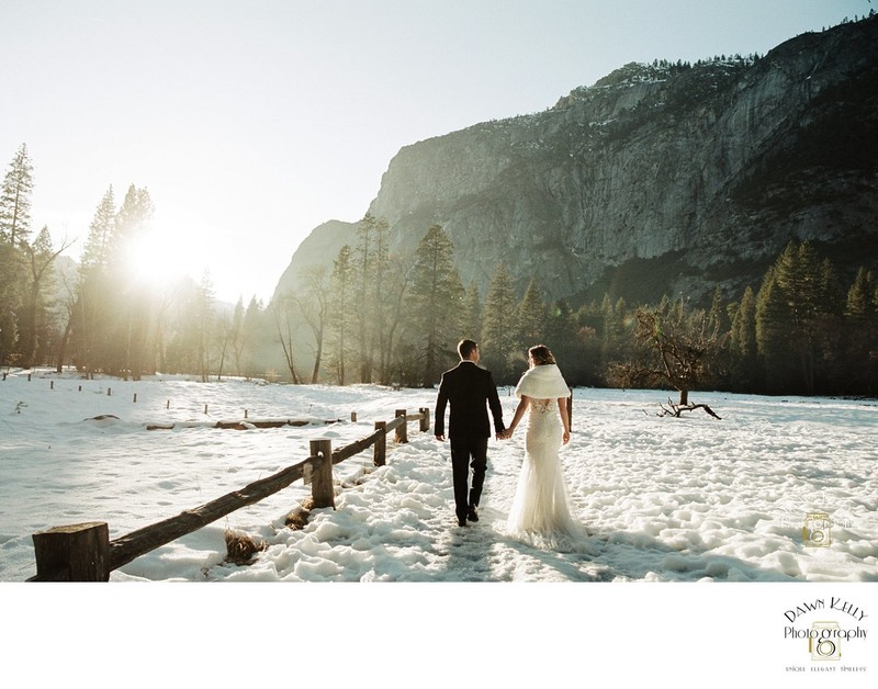 Yosemite elopement with snow