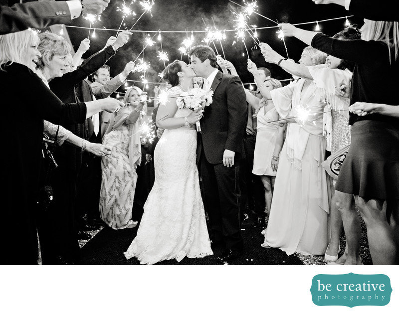 lyndhurst castle ny wedding photos sparklers