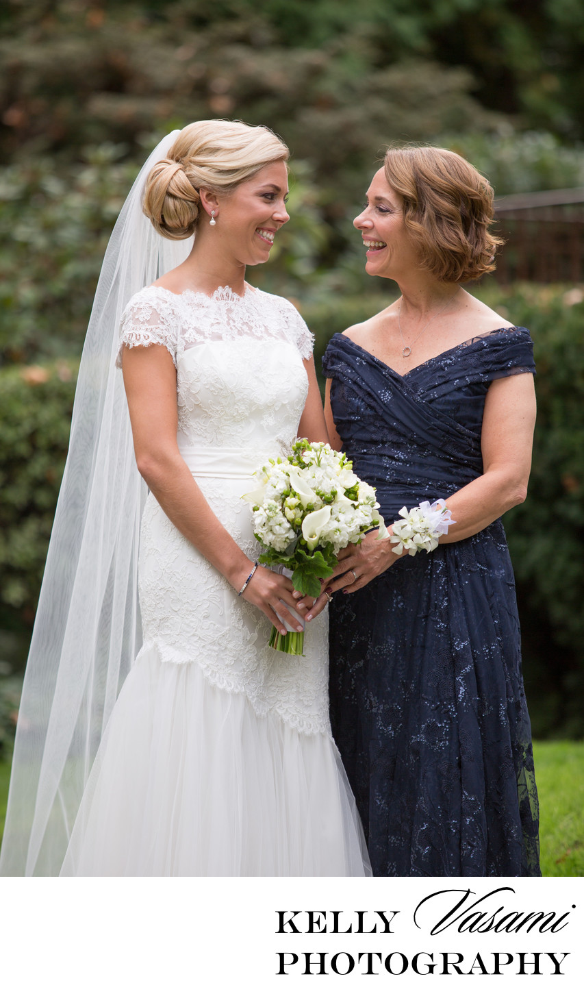 Portrait of Bride and her Mother | Westchester Wedding