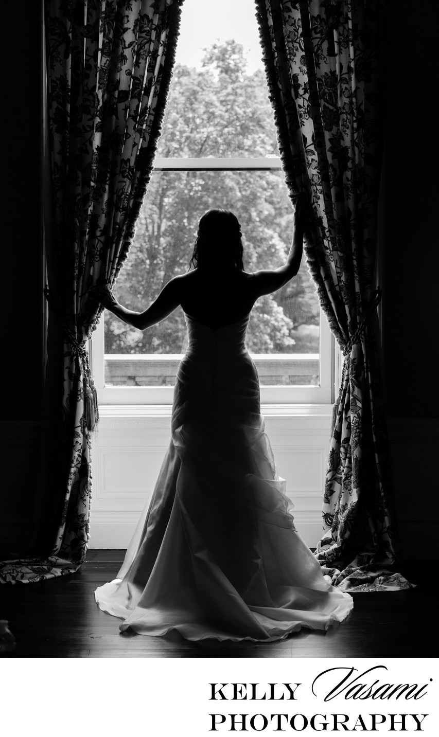 sleepy hollow country club bride silhouette