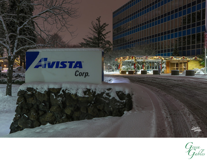 Avista Corp HQ,  Christmas lighting