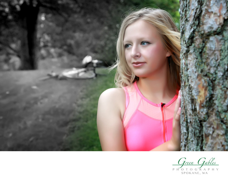 Senior portrait hand color on location