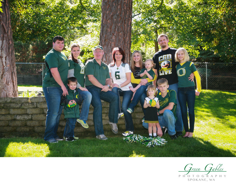 Go Oregon Ducks, family portrait at home