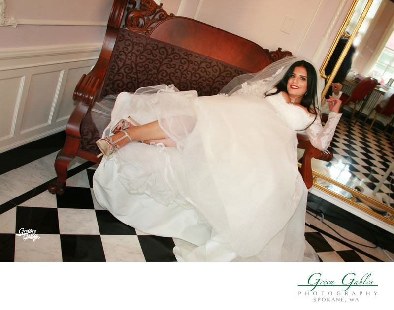 relaxing bride before the wedding