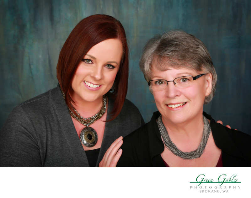 Mom and daughter portrait at the studio