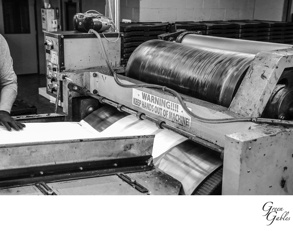 Printing press in motion, Justus Bag Co. Spokane, WA