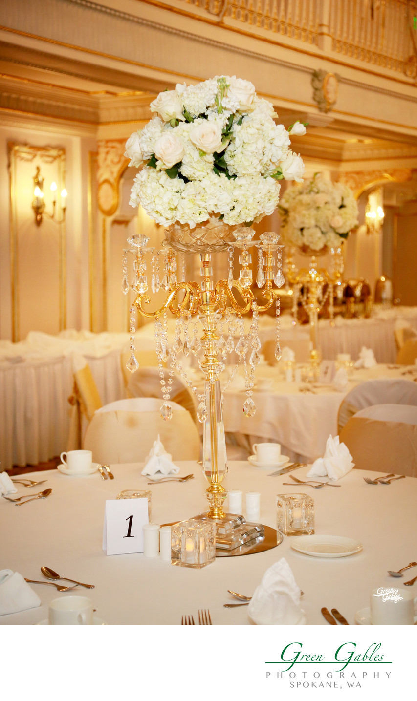 wedding decor in the Historic Davenport Hotel