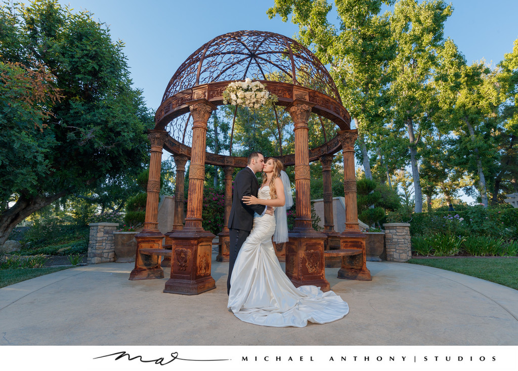 westlake village inn wedding tuscan garden