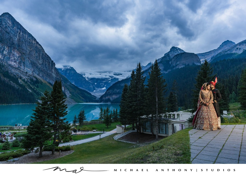 A Destination Wedding Photo in Lake Louise