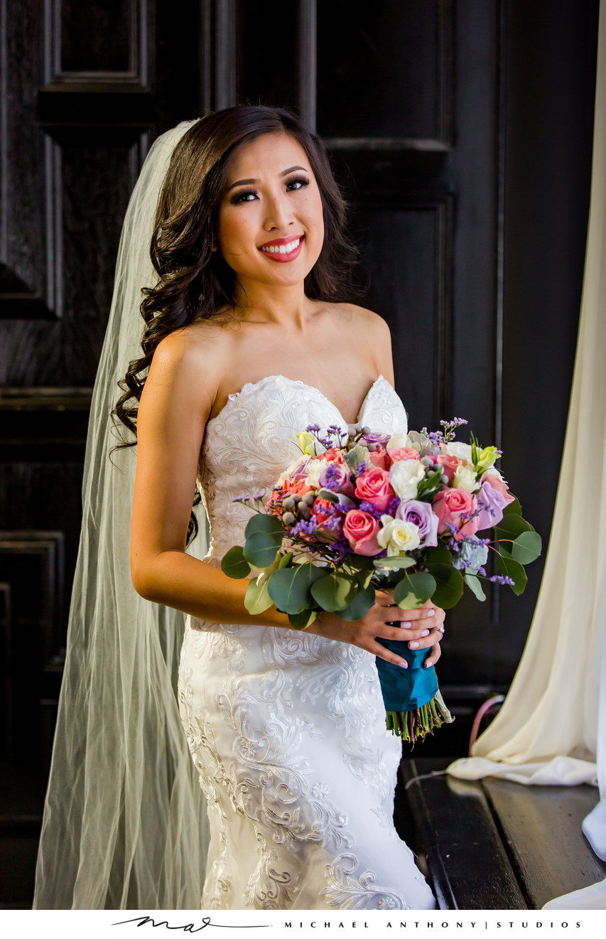 Majestic Downtown Bride Flowers