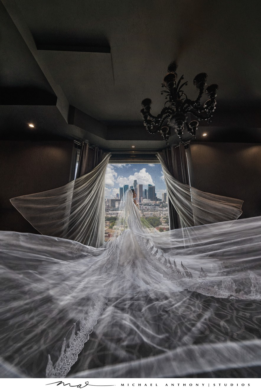 Vertigo Event Venue Wedding: Artistic Portrait
