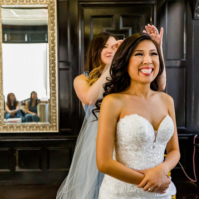Bride Getting Ready at Majestic Downtown Prep