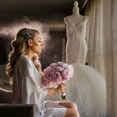 Bridal Portrait: Finishing Touches on Hair