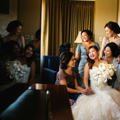 Getting Ready: Bride and Bridesmaids