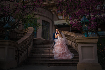 langham pasadena wedding pictures on staircase
