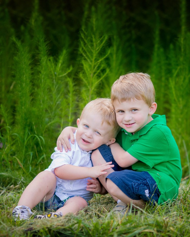 Athens Georgia family photographer brothers