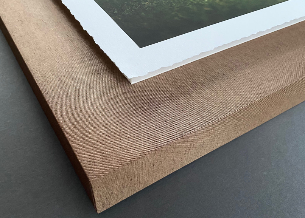 Deckled Edge Float corners