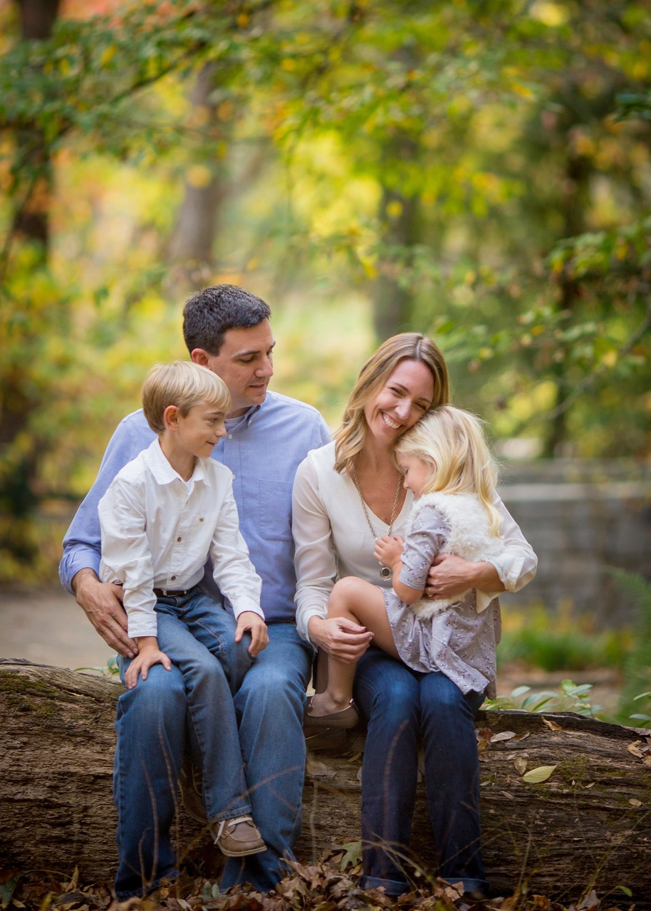 Athens outdoor family photographer