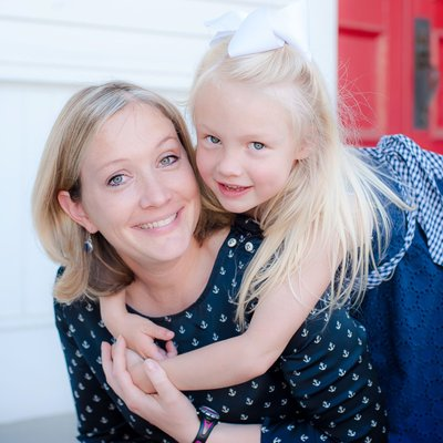 Watkinsville mother and  daughter portrait