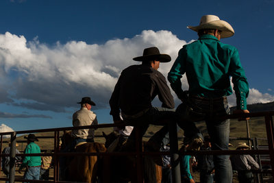 Cowboys Line Up in Pleasing Pattern at Gardiner Rodeo in Montana