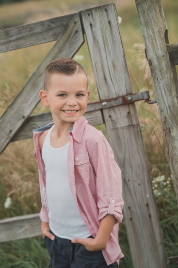 buffalo rustic farm family photography boy country
