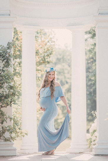 Delaware Park and Rose Garden Maternity Session