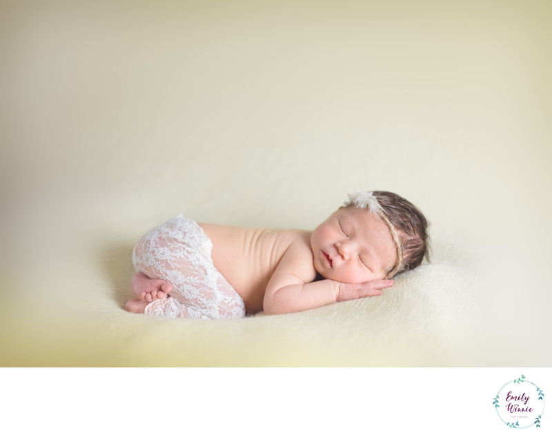 Baby girl in lace-Los Angeles Newborn photos