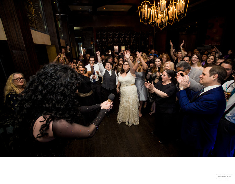 Last Song Wedding.Five Fun Tips To Keep Your Guests Partying Until The Last Song