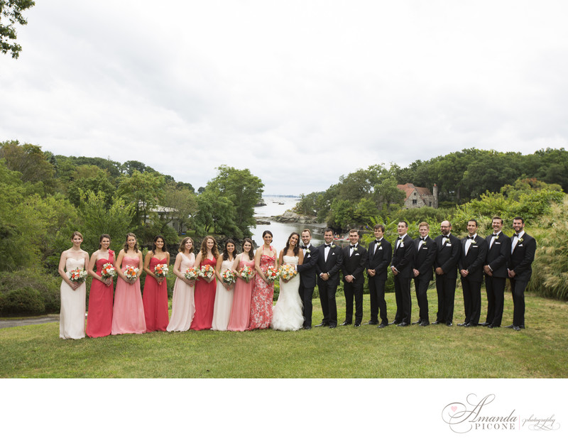 Large wedding party at Hampshire Country Club