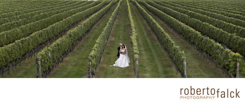 raphael vineyard new york wedding photographer