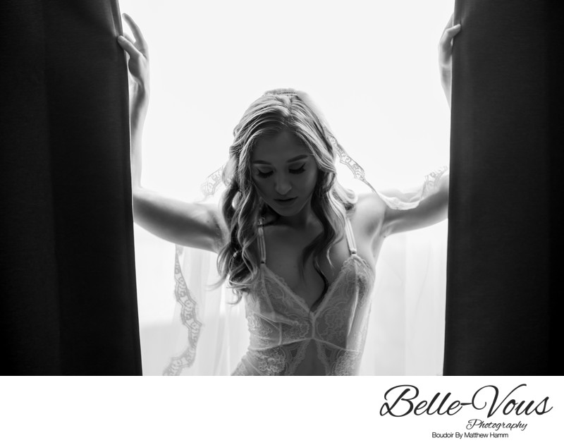 Black & White Bridal Boudoir In Brisbane
