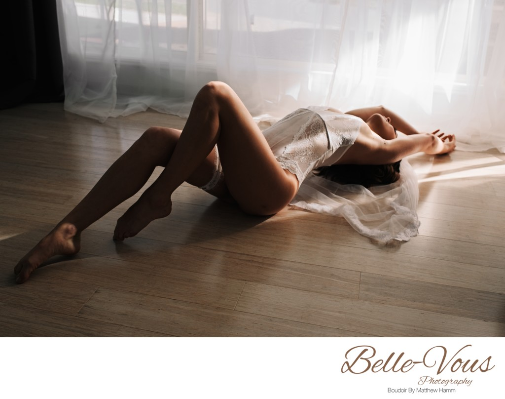 Best Empowering Boudoir Photography Experience