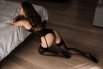 Boudoir Posing on Wooden Floor