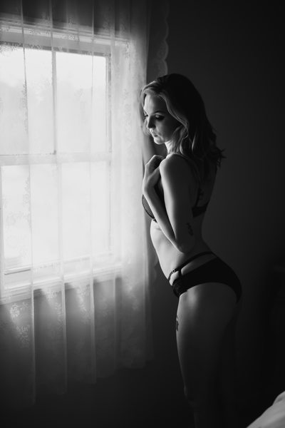 Bespoke Black And White Boudoir Brisbane