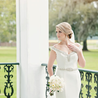 Ducros Plantation outdoor bridal portrait