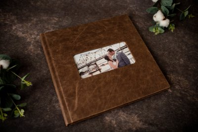 Brown Leather Cameo Signature Album
